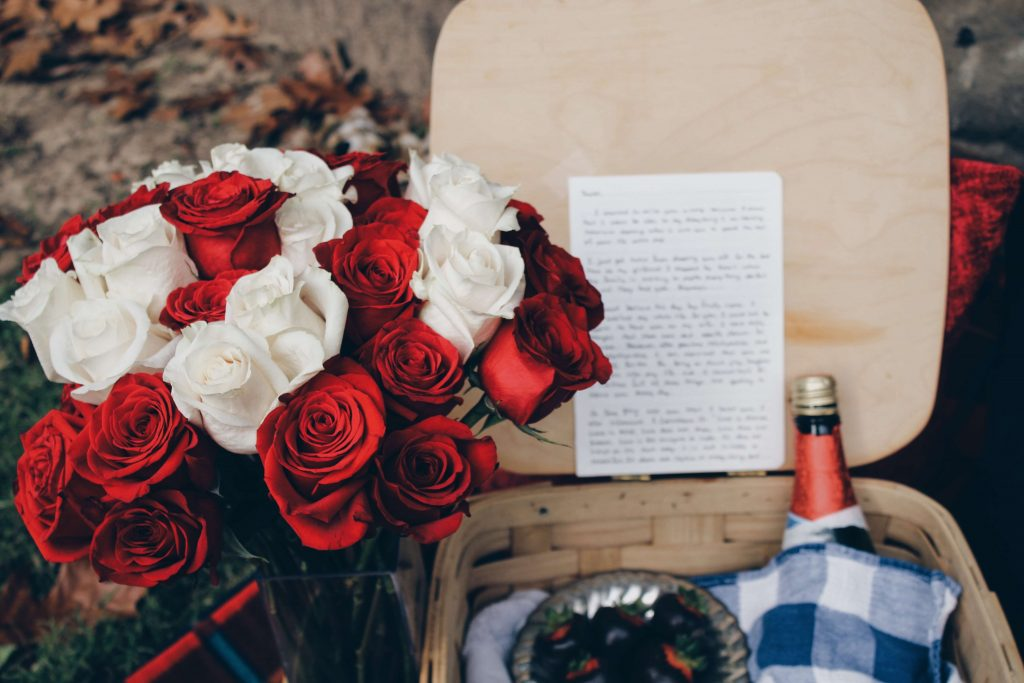 7 Things You Need to Know About Buying Valentines Flowers