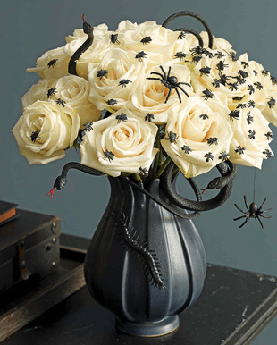 8 Ways To Incorporate Flowers Into Your Halloween Decor