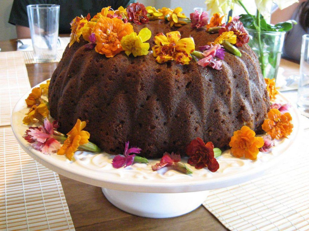 Chocolate cake with marigolds