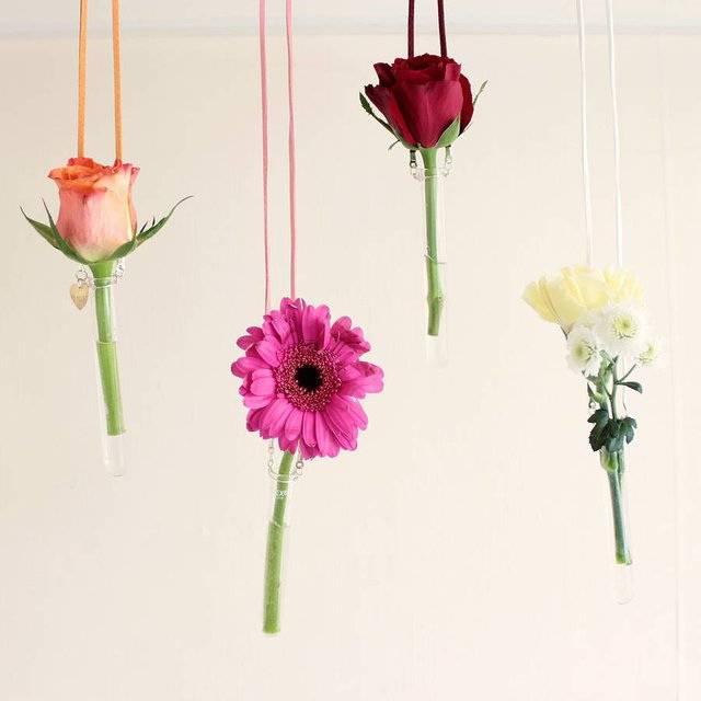 Hanging Tubes