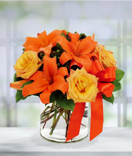 Flowers:_Orange_Lilies_And_Roses_-_Standard