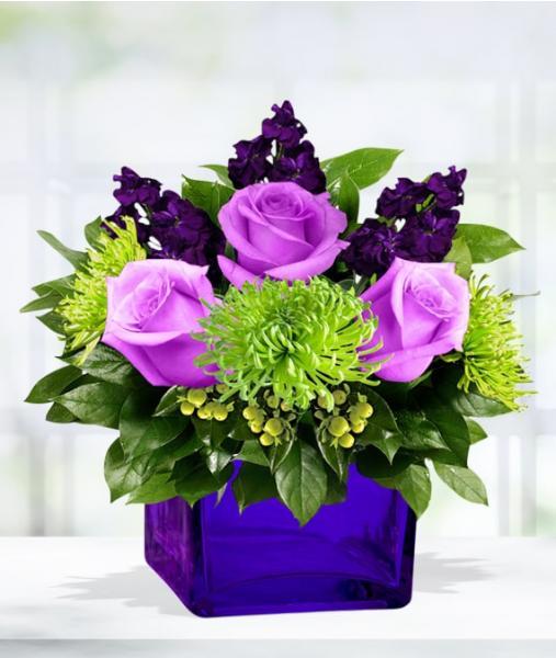 Flowers:_Mixed_Cube_Vase_Arrangement_-_Standard