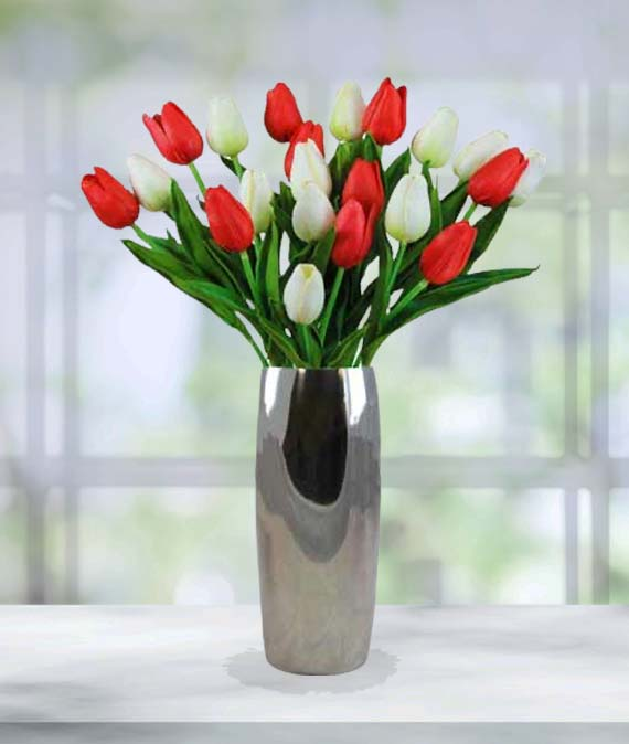 Holiday Tulip Bouquet