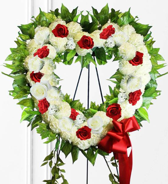 Red & White Heart Wreath